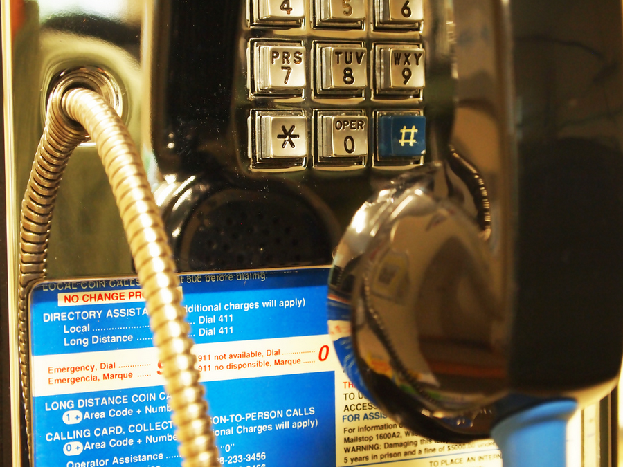 "5,000 Manhattan pay phones are now ""time machines"""