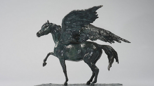 A pegasus sculpture by Vivianne Duchini.