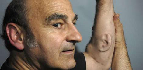 """""""Ear-on-Arm"""": Stelarc and Engineering the Human Body"""