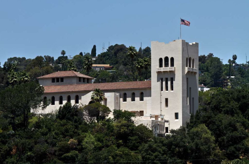 Stale Fight Over Southwest Art Museum Sees Movement